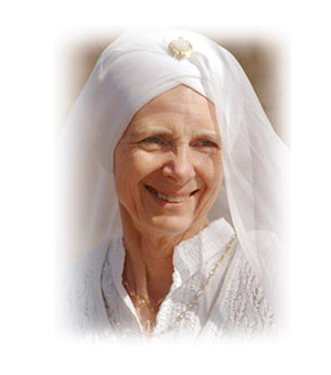 Daya Kaur, Kundalini Yoga instructor